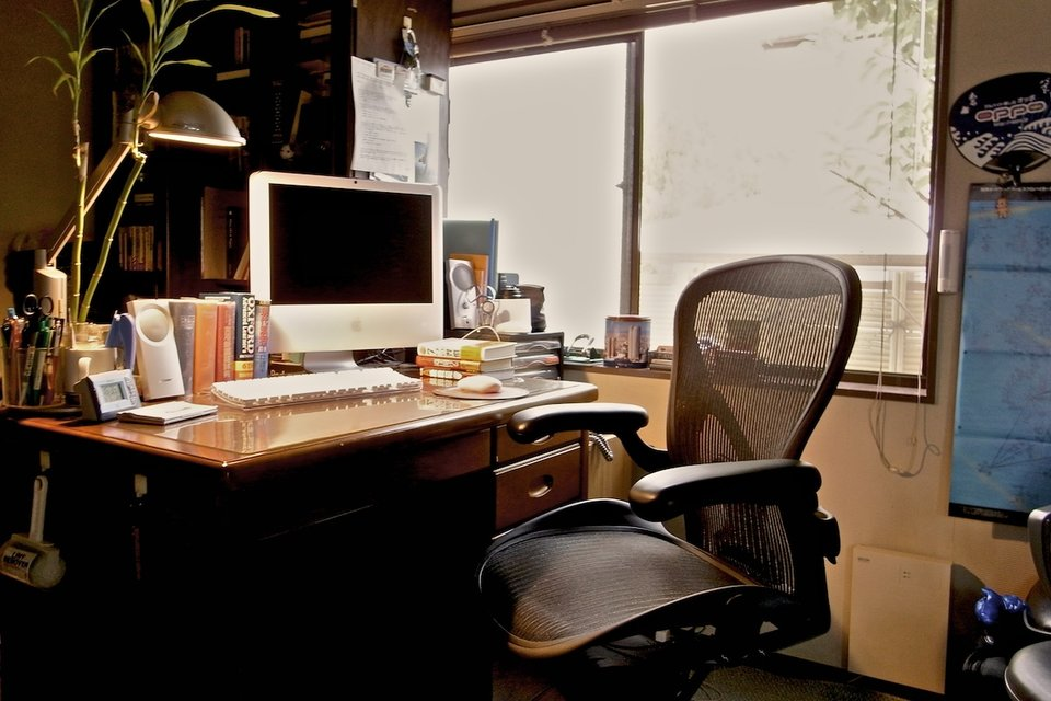 The things you must always keep at your desk