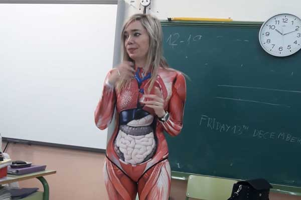 Read What a Spanish teacher Did to Make Anatomy Classes Interesting for Kids