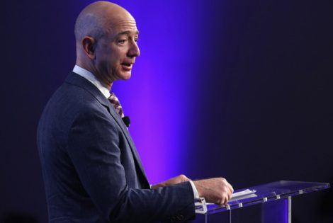 Jeff Bezos Earns $13.5 Billion in Just 15 Minutes!